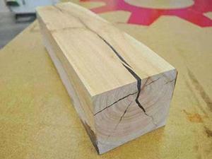 木材开裂修补